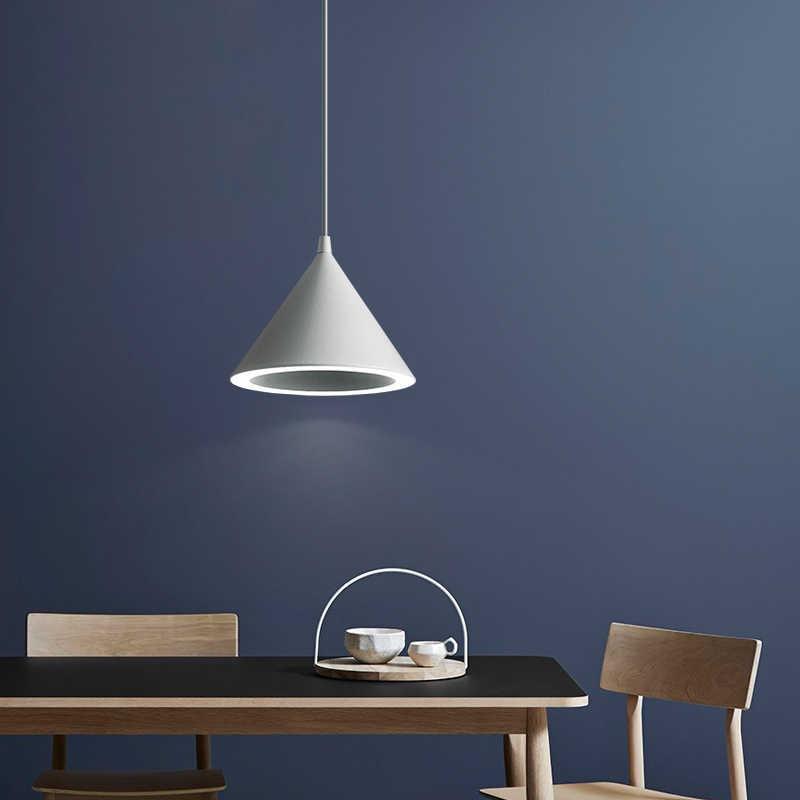 Simple modern chandelier creative personality restaurant light macaron style three head restaurant variable light LED bar lamp