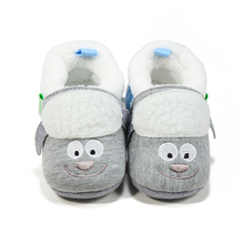 Delebao Warm Cartoon Style Prewalkers Baby Girl Shoes Lovely Grey  Soft Sole wholesale