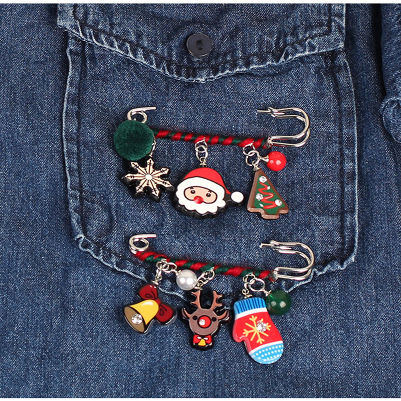 Christmas Brooch Lapel Pin Santa Snowman Jewelry Clothing Corsage Bell Elk Sled Dog Cartoon Brooch Suit Pin Charms New Year X292