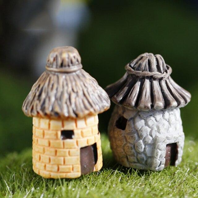 ZOCDOU 2 Peças Antiga Casa Modelo Cabana Pequena Estátua Estatueta Artesanato Rússia Ornamento Figura Miniaturas DIY Casa Jardim Decoração