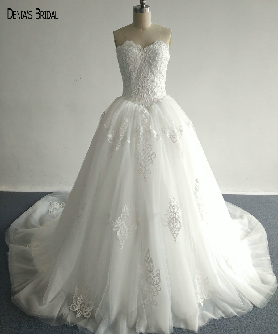 2017 Ball Gown Wedding Dresses With Appliques Sweetheart