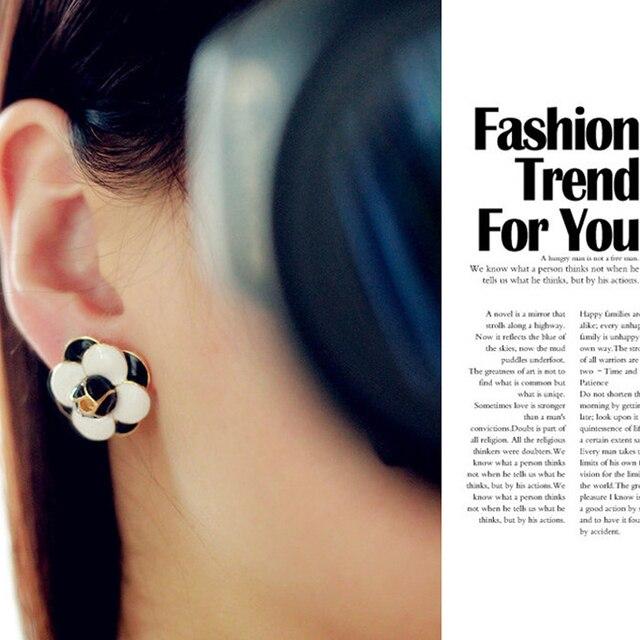 Earings Fashion Jewelry Flower Earrings Korean Classic Cute Camellia  Earrings For Women Bijoux Boucle D oreille 75dde409a56f