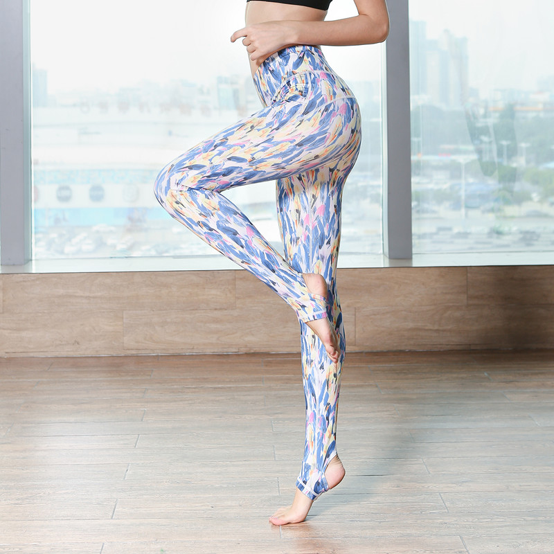 Women Yoga Pants Lady Sportswear Yoga Capris for Running Sport Quick drying Fitness Tights New Woman