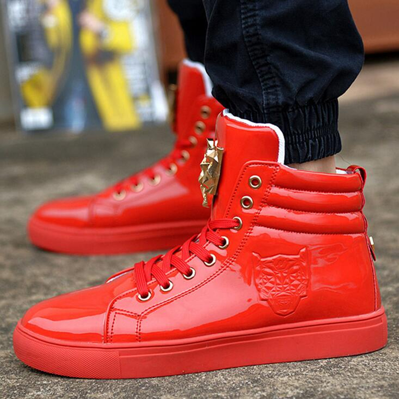 ФОТО New Fashion High Top Casual Shoes For Men PU Leather Lace Up Red White Black Color Mens Casual Shoes Men High Top Shoes Retail