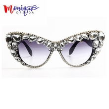 Fashion Sunglasses Oversize Cat Eye Sunglasses Women Brand Designer Luxury Colorful Crystal Sexy