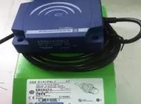 FREE SHIPPING XS8D1A1PAL2 Proximity switch sensor omron proximity switch sensor new original authentic 2m tl w1r5mc1