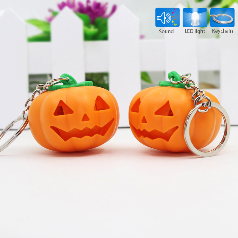 Mini Pocket Pumpkin LED Light Keychain With Sound Gift For Halloween Outdoor Sports Camping Self Defense Supplies Wholesale