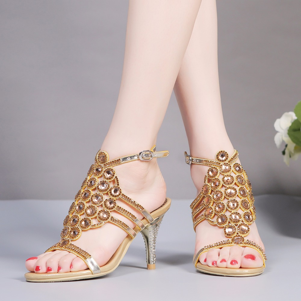 2017 Summer Elegance Sexy Girl Hollow Out Rhinestone Ankle Belt High Heels Women Crystal Sandals Peep Toe Woman Wedding Shoes