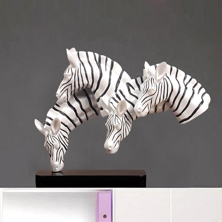 Creative moderne cheval Statue ornements ameublement bijoux artisanat décoration étudier le salon TV meuble mis décoration