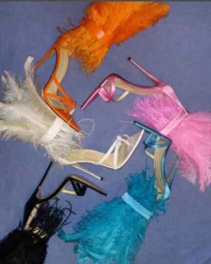 Yeni Pist Tüy topuklu Sandalet Kadın flip flop Süper Yüksek Topuklu Stilettos Turuncu Beyaz Siyah Parti Kürk Ayakkabı zapatos de mujer