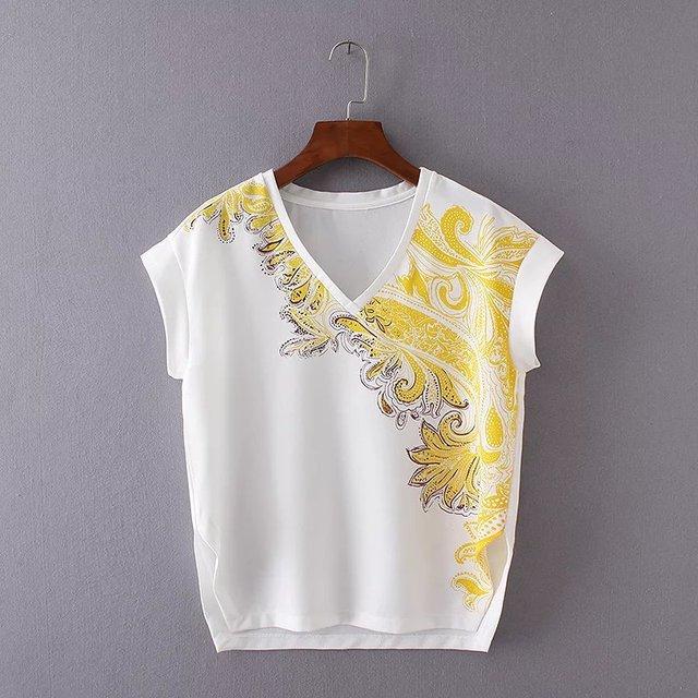f991e455 Women T-shirt White Loose Side Open Split V-Neck Short Sleeve Baroque Print
