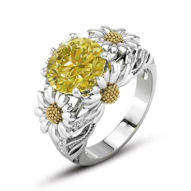 2018 New Arrival European And American Fashion Sunflower Ring Wedding Rings Engagement Gift Amazing Hot