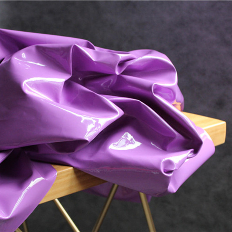 130x100 cm/pièce en cuir laqué avec miroir et tissu en cuir rigide, pas de tissu extensible en cuir PU
