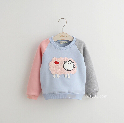 De los niños camiseta preciosa nuevo invierno ropa de los niños del color a juego chicas con capucha de lana estilo ocasional vellones