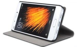 "Image 2 - Xiaomi Mi5 fall ursprüngliche größe xiaomi 5 fall flip cover M5 pu leder halter Mi 5 gold gitter luxus capa coque funda 5,15"""