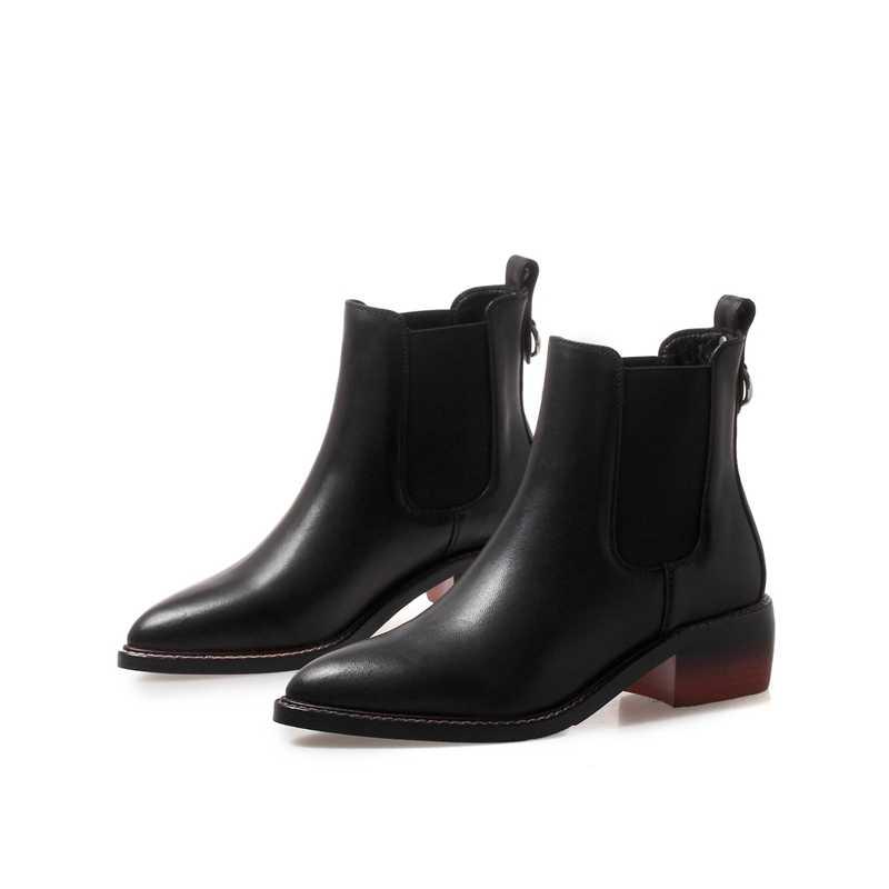 Kadın Hakiki Deri Çizmeler Brogue Oyma yarım çizmeler Moda Chelsea Düşük Topuklar Bayanlar Patik Bahar 2018 Kış Bayan Ayakkabıları