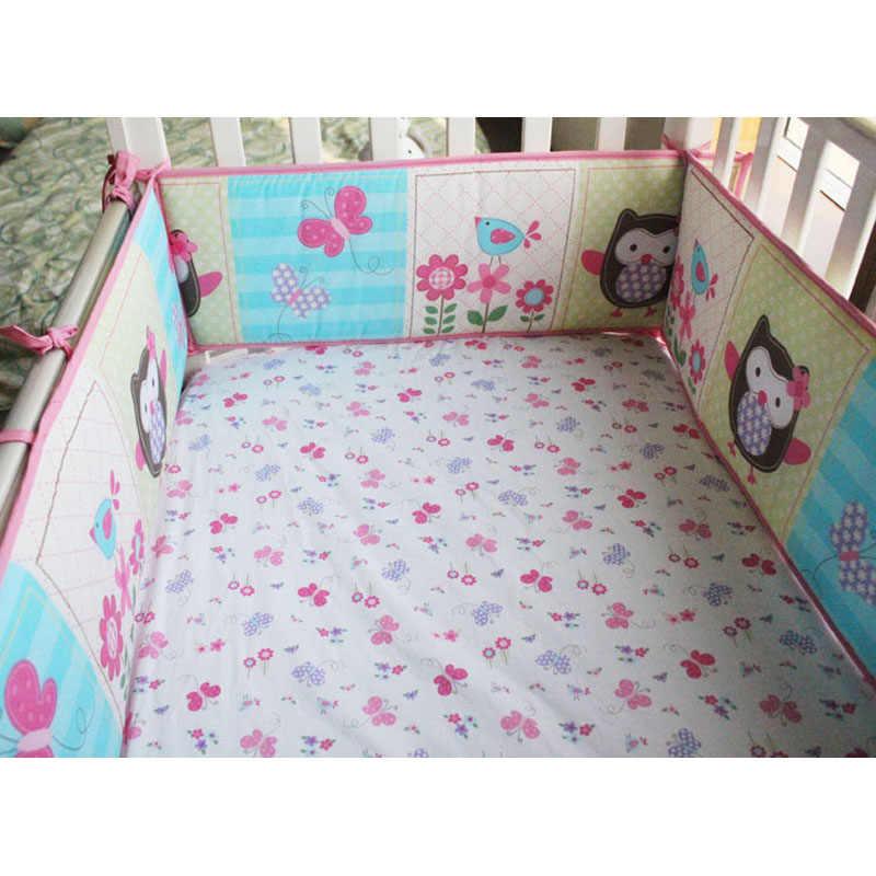 ベビー寝具セットピンクフクロウベビーベッドに設定されたベビーベッドセットキルトマットレスシートスカートベビーベッドプロテクターバンパーおむつの主催者