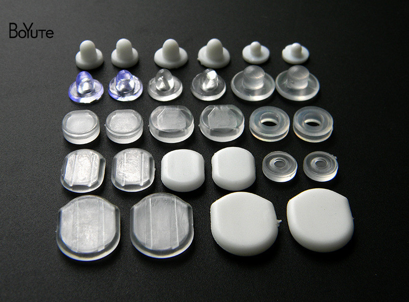 BoYuTe Wholesale White Transparent Soft Silicone Anti-Pain Ear Clip Pad Earrings Accessories DIY Jewelry Findings Components (3)