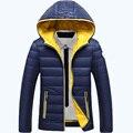 Envío gratis AFS JEEP marca de invierno con capucha de down chaqueta de invierno vestido de capa de los hombres 160
