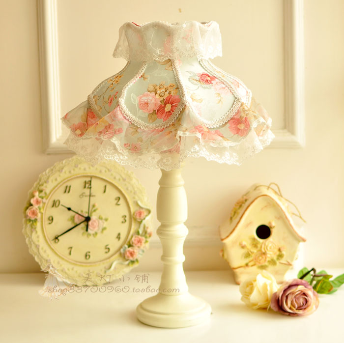 Bedside lamp bedroom lamp pastoral lace princess wedding gift table lamp table lamp decorated Korean warm wedding wedding korean pastoral cute princess girl bedroom flower table lamp european small wedding room bedside eye lamp