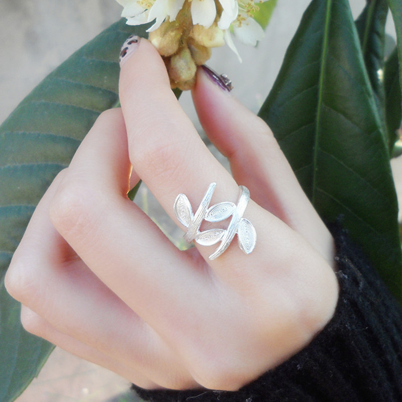 Leaf Women Rings Adjustable 999 Sterling Silver Ring Chinese Handmade Ethnic Miao Jewelry Wedding Engagement Antique Ring 004Leaf Women Rings Adjustable 999 Sterling Silver Ring Chinese Handmade Ethnic Miao Jewelry Wedding Engagement Antique Ring 004