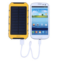 Solar Power Bank 8000mAh Solar Battery Charger Ultra Thin External Battery Pack Solar Panels Portable Charger