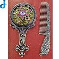 Retro Espelho Portátil Com Pentes Alça de Bolso Compacto Espelho de Maquiagem Do Vintage Estética Escavado-Out Conjunto de Espelhos Pente Presente SC116