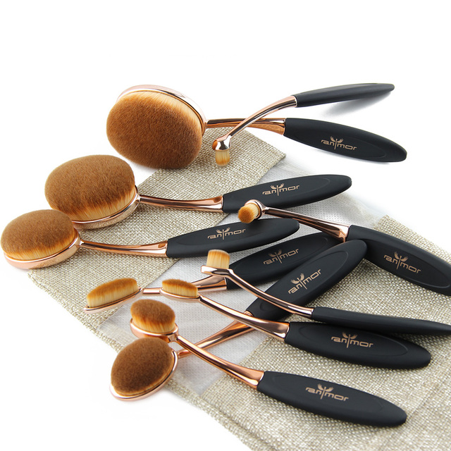 10 Pieces Oval Makeup Brush Set With Bag