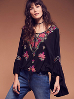 2018 New Bohemian Style Women Embroidery Loose Kimono Tops Blouses Ladies Flare Sleeve Casual Holiday Wear Shirt Blusas Feminino