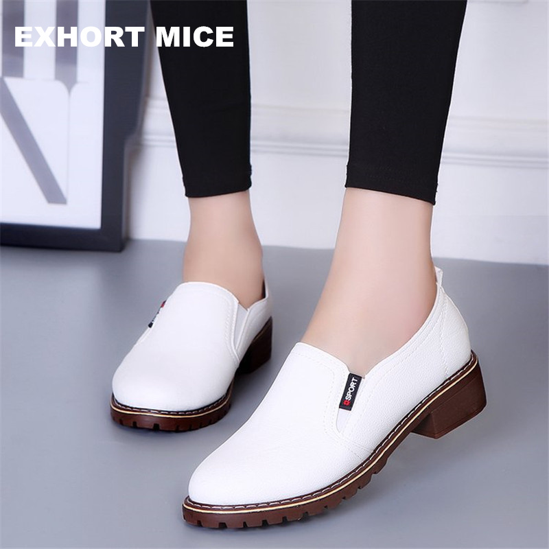 2019 New Women Flat Shoes Round Toe Lace-Up Oxford Shoes Woman Genuine Leather Brogue Women Shoes