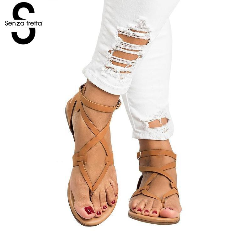 Senza Fretta Gladiator Sandals Women Flip Flops Cross Strap Summer Rome Gladiator Sandals Flat Heel Flip Flops Shoes LDC2725 trendy women s sandals with flip flops and strap design