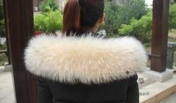 Colorful Genuine Raccoon Fur Detachable Collar Scarfs Fashion Coat Sweater  Luxury Raccoon Fur Collar TKC006-beige