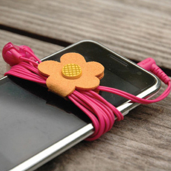 1Pcs Daisy Button Earphone Cable Wire Organizer Headphone Cord Holder USB Charger Cable Winder for MP3 MP4 Phone Computers
