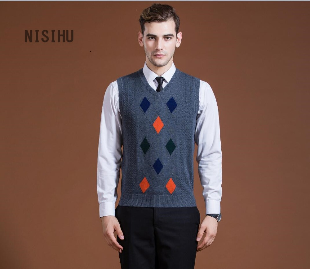 New Leisure Style Men's V- Neck Sweater Vest Pullover Argyle Kitted Jacquard Sweater Man Cashmere Sleeveless Sweater