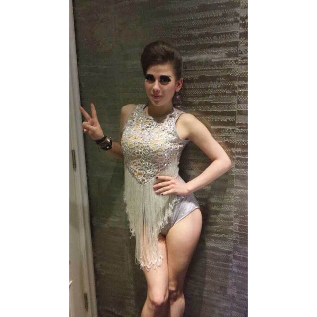 FREE SHIPPING Sexy Queen Solid Sequin Bead Tassels Jennifer Lopes High Fork Short Jumpsuits Performance Costumes Women Rompers