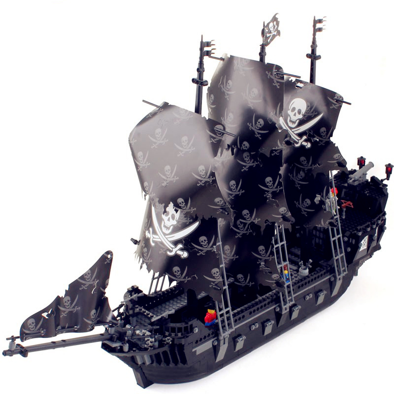 Pirates Of The Caribbean Series Black Pearl Ship Kits Model Set Compatible With Legoingly Building Blocks Kids Toys For ChildrenPirates Of The Caribbean Series Black Pearl Ship Kits Model Set Compatible With Legoingly Building Blocks Kids Toys For Children