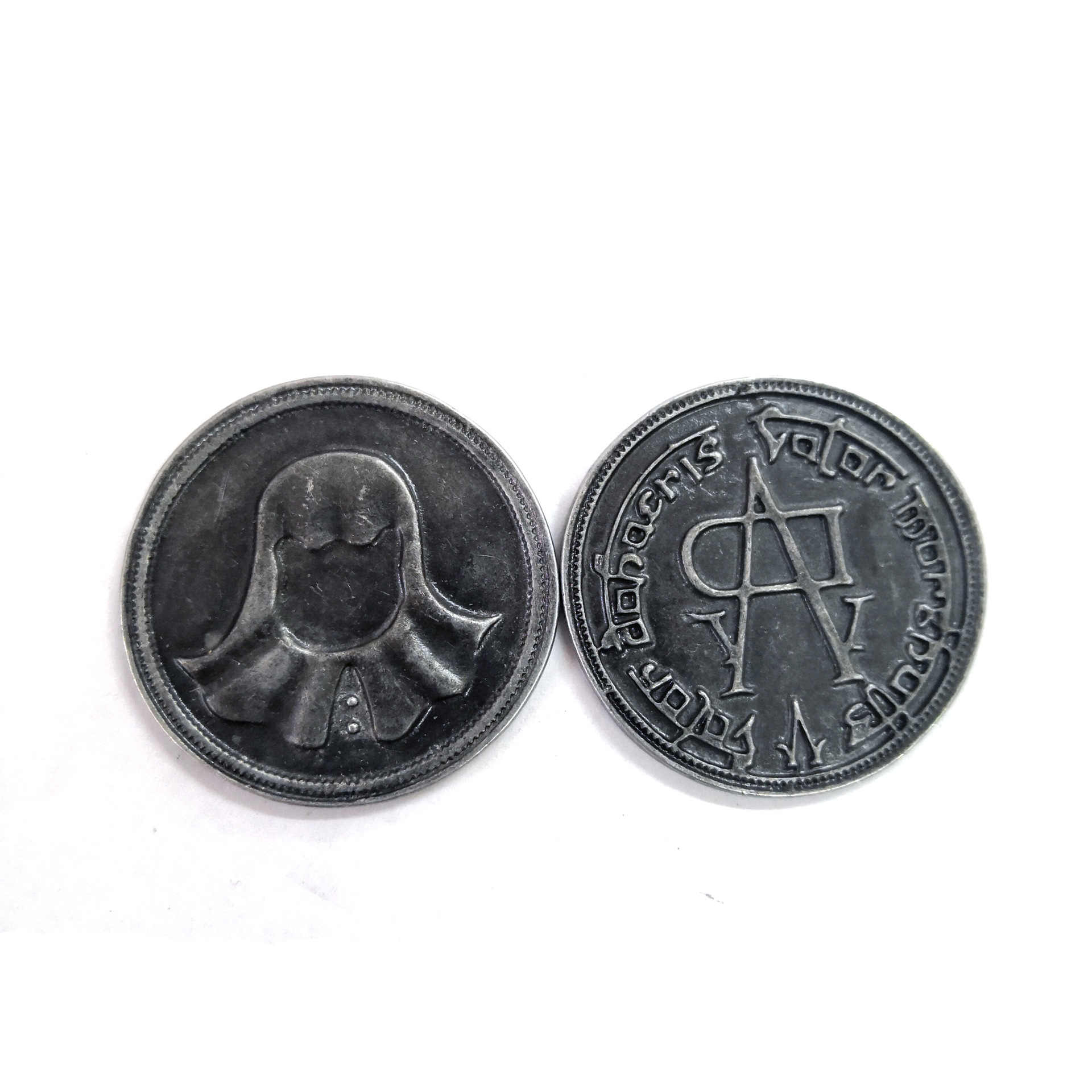 A Song of Ice and Fire Game of Thrones Faceless Men Coin Valar Morghulis Jaqen H'ghar Aaliyah Badge