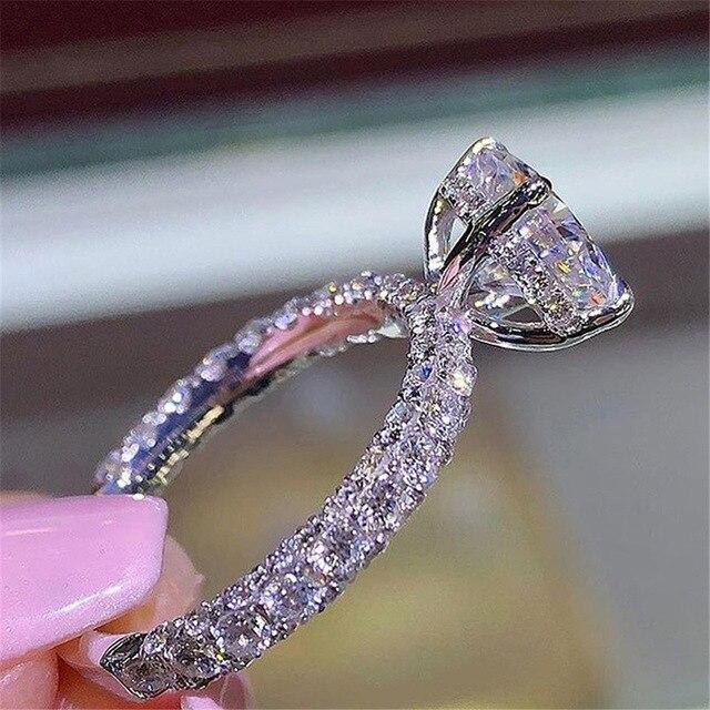 2021 New Hot Flash Diamond Round Princess Ring Crystal from Swarovskis Fashion Women Engagement Marriage Diamond Ring