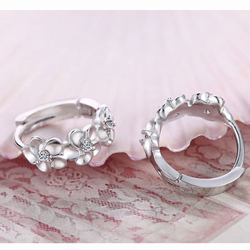 Top Sale 925 Sterling Silver Earring Woven Flowers Shape Hoop Earrings Embed CZ Crystal Pretty Earring For Wedding Accessories 1