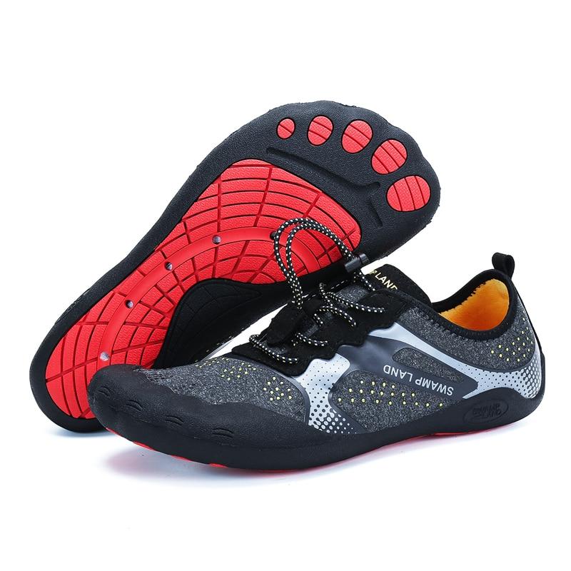 Agua de verano Zapatos de los hombres sandalias de playa arriba Aqua Zapatos Hombre rápido río seco mar zapatillas de buceo natación calcetines de Tenis Masculino