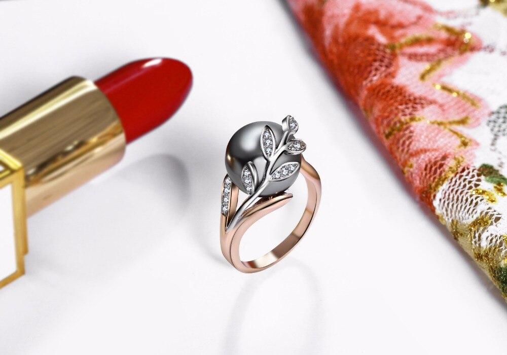 women ring and earrings