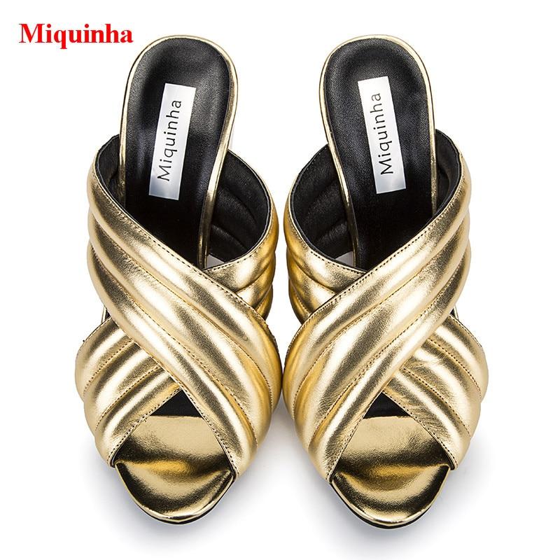 ac106ba817da Aliexpress.com   Gold Metallic Leder Crossover Landebahnen Maultiere Peep  Toe Block High Heels Frauen Hausschuhe Outdoor Street Style Rutschen Schuhe  Frau ...