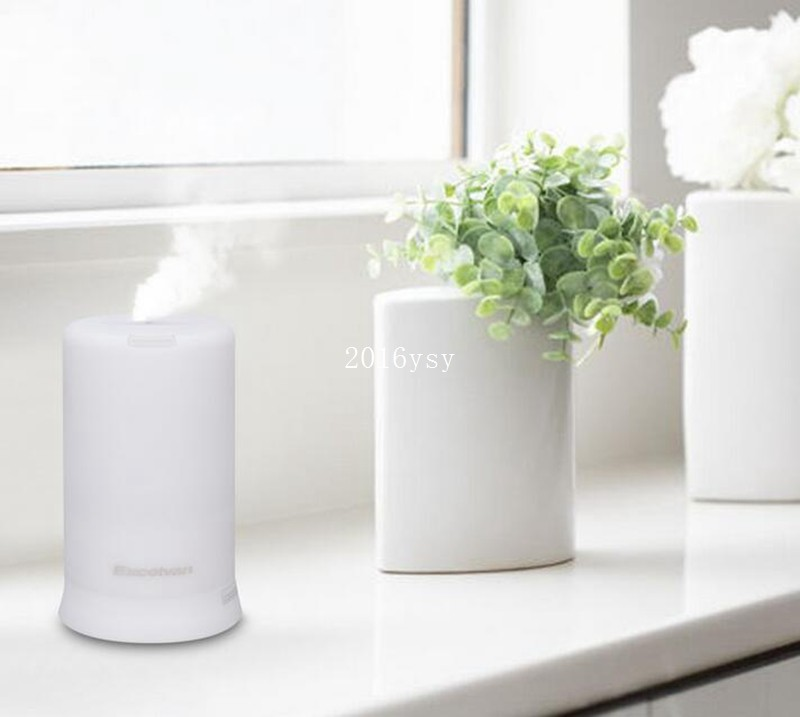 Essential Oil Diffuser 100ml Ultrasonic Aroma Portable air humidifier Mini Aromatherapy Diffuser with Warm LED Light