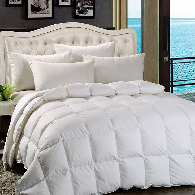 White All Season Comforter With 100 Goose Down High Fill
