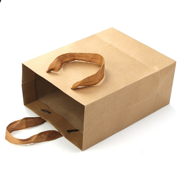 10PCS/lot Kraft Paper Storage Bag With Handle Wedding Party Gift Bags Multifunctional Cloth Shoes Gift Paper Bags Wholesale