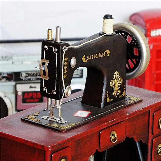 Vintage metal handsome sewing machine model home decoration household decoration Christmas