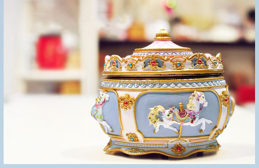 Carousel music box (9).jpg