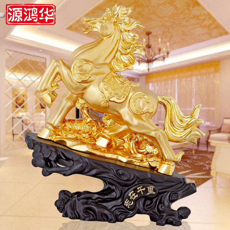 home decoration accessories Resin handicraft factory direct wholesale in business gifts wooden ornaments horse move in Figurines Miniatures from Home Garden
