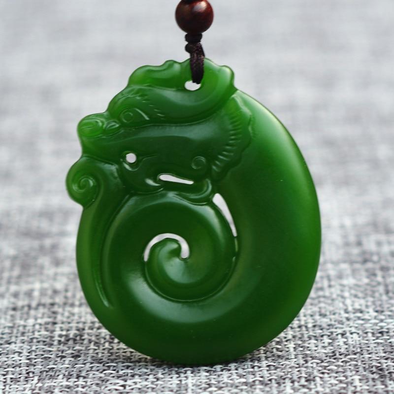 100/% Chinois sculptés à la main Vert Natural HeTIan Jade Dragon chanceux Collier Pendentif