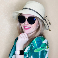 Women vintage sunglasses